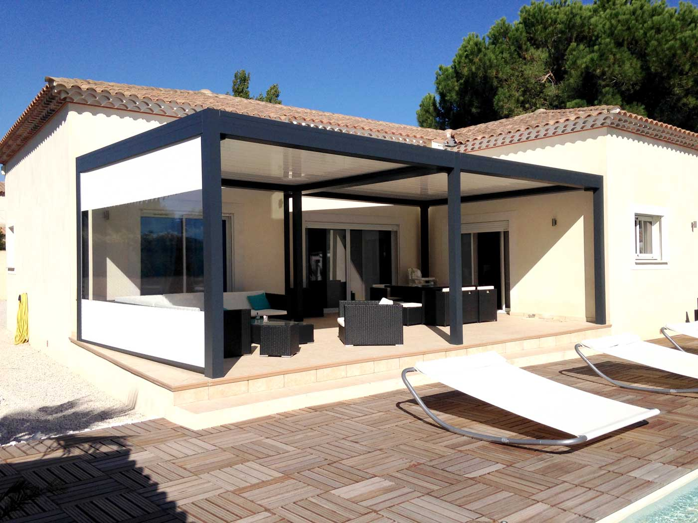 pergolas pergolas bioclimatique porte monnaie vous bien. Black Bedroom Furniture Sets. Home Design Ideas